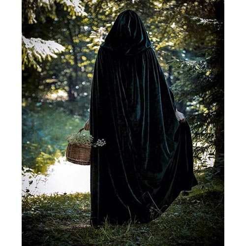 عکس دختر چادری از پشت سر