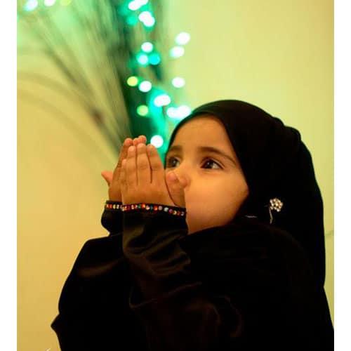 عکس دختر بچه چادری